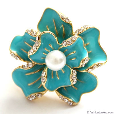 :Inspired by Sex and the City: Pearl Rose Flower Cocktail Ring with Rhinestones-Turquoise :  city ring sex cocktail