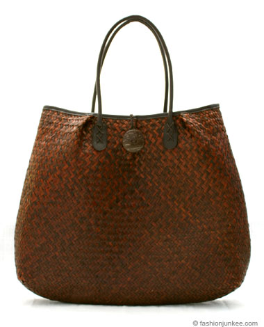 Straw handbags tend to be seasonal bags most often carried in the. Designer ...