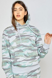 Camouflage Relaxed Fit Boyfriend Fleece Pullover Hoodie Sweater-Light Olive Camo Print
