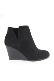 Closed Toe Notched V Cutout Wedge Booties-Black