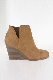 Closed Toe V Cutout Notched Wedge Booties-Tan Brown