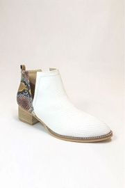 Ankle V-Slit Side Cutout Closed Toe Booties-White & Multi-Colored Snake Print