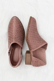 CYBER MONDAY FLASH DEAL! ENDS SOON - Textured Closed Toe Faux Suede Side Cutout Flats-Pink Blush