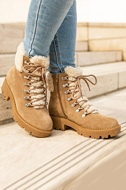 Lace Up Sherpa Fur Winter Snow Boots with Lug Sole-Taupe
