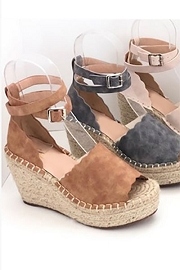Scallop Platform Wedge Espadrille Sandals with Ankle Strap-Tan Brown