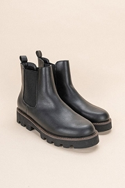 Chelsea Ankle Boots with Lug Sole-Black