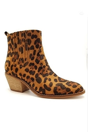 Faux Suede Pointy Toe Casual Western Slip On Boots-Leopard Print