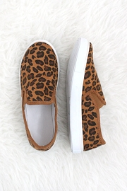 FLASH DEAL: Leopard Print Slip On Flats Sneakers-Leopard print
