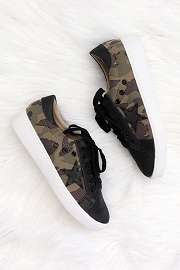 Lace Up Low Top Star Sneakers-Camouflage Camo Print