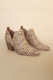 Ankle Slit Side Cutout Closed Toe Booties with Block Heel-Cheetah Leopard Print