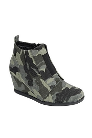 Camo Print Wedge Sneakers-Camouflage