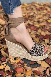Lace Up Ankle Strap Perforated Open Toe Wedge Espadrille Sandals-Leopard Print