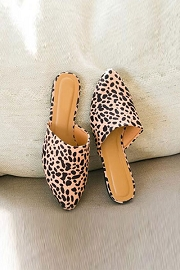 Pointy Toe Closed Toe Flat Mules Sandals Slides-Cheetah Leopard Print