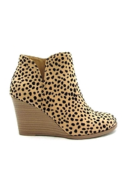 Closed Toe Notched V Cutout Wedge Booties-Cheetah Leopard Print