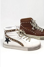 Studded High Top Lace Up Star Sneakers-White & Leopard