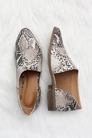 Closed Toe Faux Suede Side Cutout Python Flats-Snake Skin Print