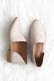 Scalloped Closed Toe Faux Leather Side Cutout Flats-Beige Taupe