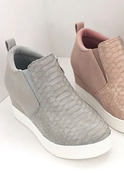 Snake Textured Wedge Sneakers-Light Grey