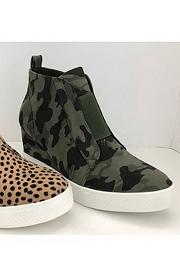 Perforated Wedge Sneakers-Camouflage Print