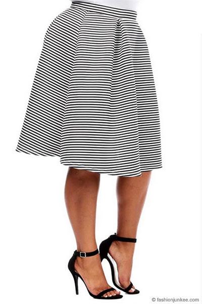 188572f1a4e7 Plus Size Striped Flared Midi Skirt-Black & White