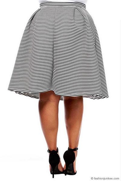 9cade41af Plus Size Striped Flared Midi Skirt-Black & White