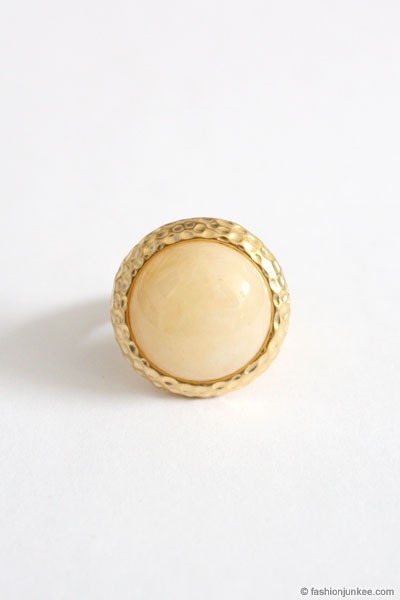 :As Seen In PEOPLE STYLEWATCH Magazine: Faux Marble Ring-Off White