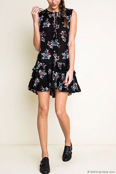 :As Seen In PEOPLE STYLEWATCH Magazine: Sleeveless Boho Floral Ruffle Hem Dress-Black