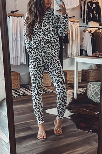 Long Sleeve Top and Joggers Pants Lounge Set-White Leopard Print