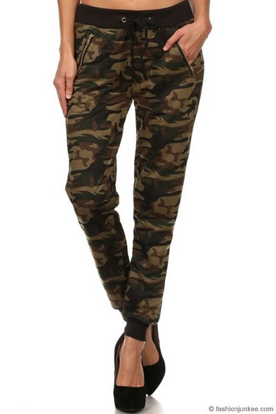 :As Seen In PEOPLE STYLEWATCH Magazine: Camouflage Jogger Pants-Olive
