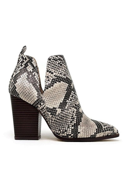 Closed Toe Side Cutout Block Heel Ankle Booties-Python Snake Print