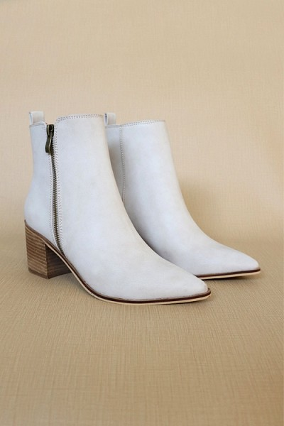 Pointy Toe Faux Leather Zipper Ankle Booties-Light taupe