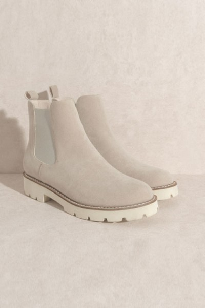 Chelsea Ankle Boots with Lug Sole-Grey