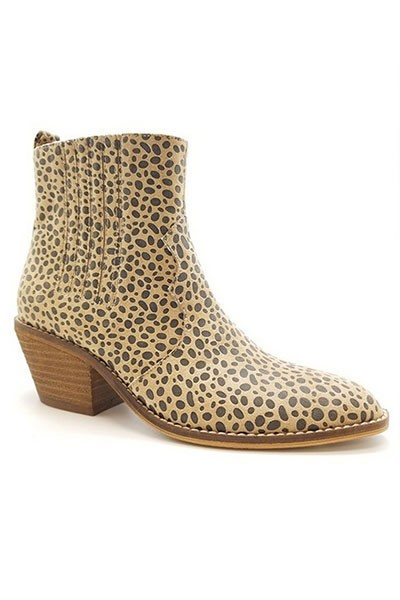 Faux Suede Pointy Toe Casual Western Slip On Boots-Cheetah Leopard Print