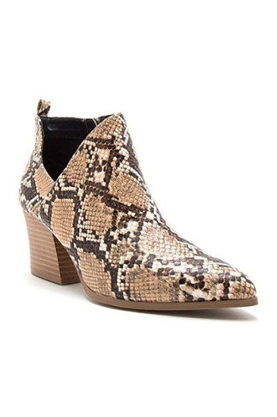 Pointy Closed Toe Side Cutout Booties-Snake Print