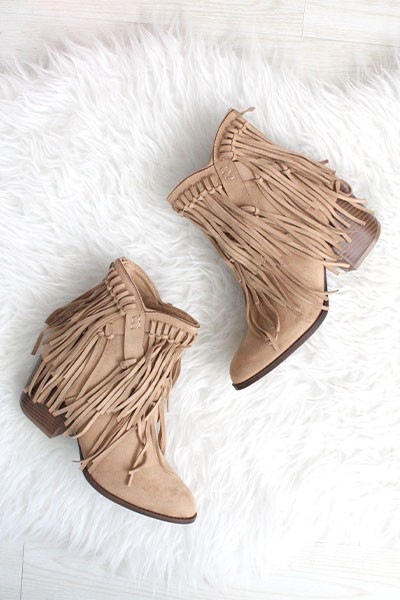 Boho Faux Suede Tie Down Fringe Booties with Closed Toe-Taupe