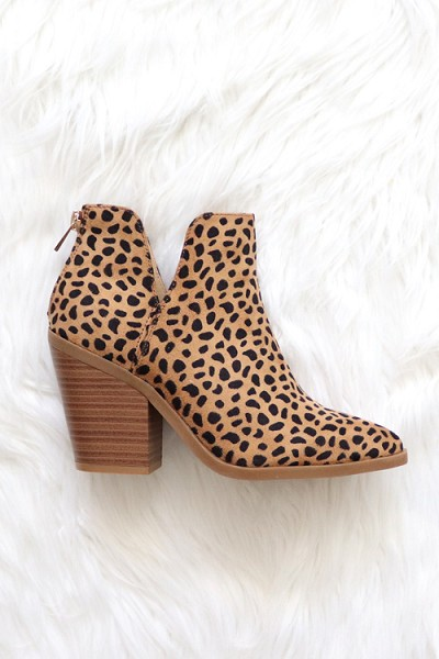 Faux Suede Pointy Toe Side Cutout Booties-Cheetah Leopard Print